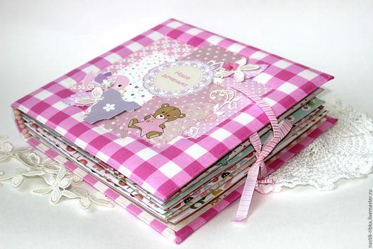 """Фотоальбомы ручной работы. Ярмарка Мастеров - ручная работа. Купить Фотоальбом """"Малышка"""". Handmade. Розовый, фотоальбом для малыша, высечки"""