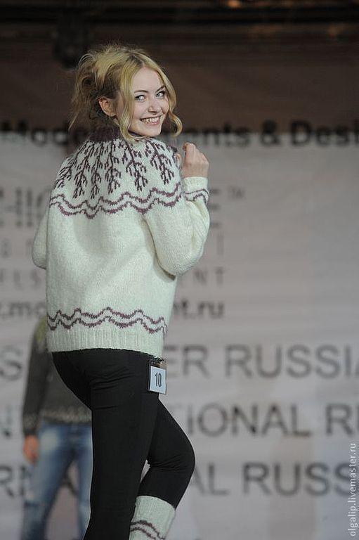 Показ моделей на международном Форуме моделей, талантов и дизайнеров Fashion International, Москва\r\nМодель - Анна Койбан