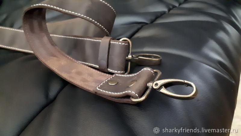 Брутальная спортивная сумка из кожи Crazy Horse