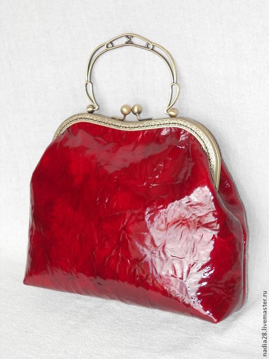 Женские сумки ручной работы. Ярмарка Мастеров - ручная работа. Купить Бордовая лакированная сумка натуральная кожа с фермуаром. Handmade.