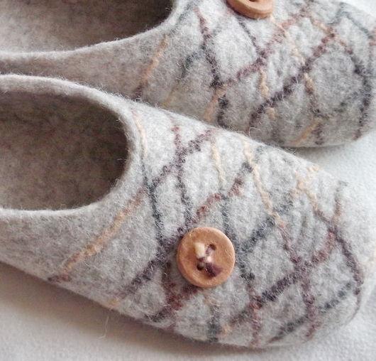 """Обувь ручной работы. Ярмарка Мастеров - ручная работа. Купить Тапочки """"Для любимого мужчины"""". Handmade. Домашние тапочки, шерсть"""