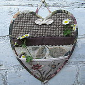 Для дома и интерьера ручной работы. Ярмарка Мастеров - ручная работа Кармашек для мелочей на стену Сердечный льняной. Handmade.