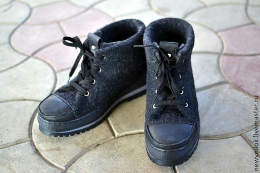 Обувь ручной работы. Ярмарка Мастеров - ручная работа. Купить Мужские валяные ботинки. Handmade. Ботинки валяные, валенки, шерсть