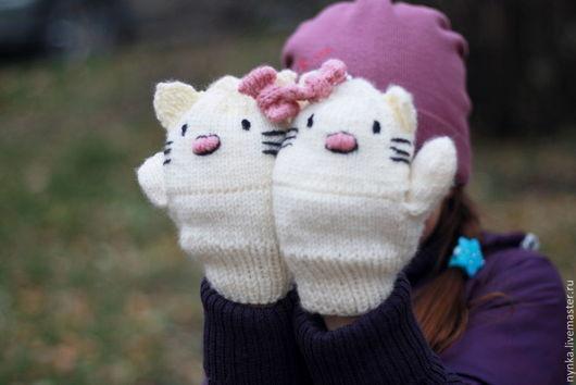 Варежки, митенки, перчатки ручной работы. Ярмарка Мастеров - ручная работа. Купить Перчатки-варежки Hello Kitty. Handmade. Белый