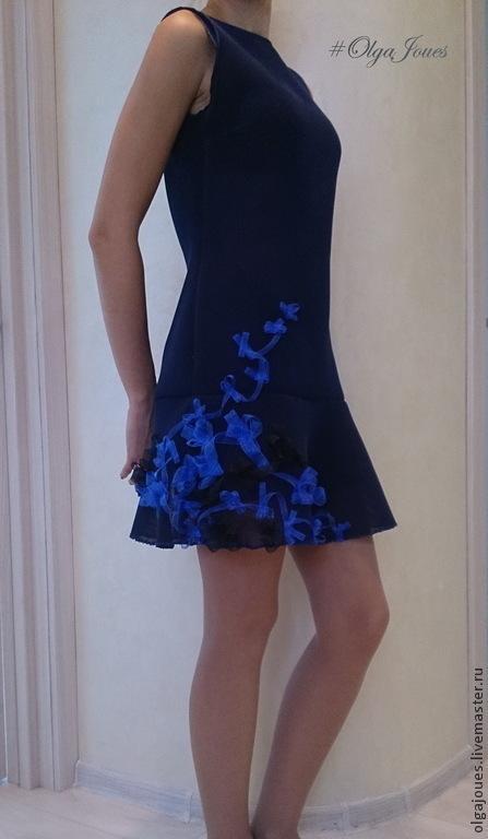 Платья ручной работы. Ярмарка Мастеров - ручная работа. Купить синее платье с оригинальным декором. Handmade. Тёмно-синий