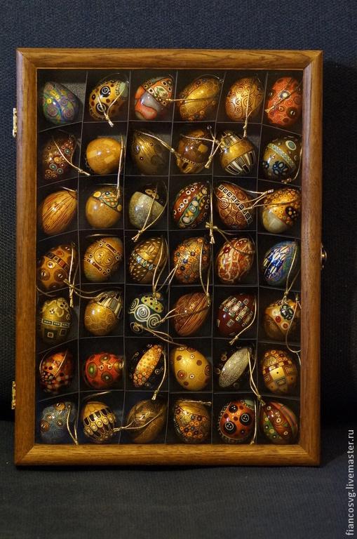 Klimt style hand painted eggs set of 42. Набор вручную расписанных 42 яиц в стиле Густав Климт. Набор коллекционный,сделан в превосходном качестве. Бывают в наличии и другие наборы.