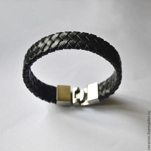 Украшения для мужчин, ручной работы. Ярмарка Мастеров - ручная работа. Купить Кожаный браслет  S-VEK. Handmade. Черный