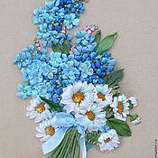 Картины и панно ручной работы. Ярмарка Мастеров - ручная работа Картина вышитая лентами Очарование незабудок (голубой белый). Handmade.