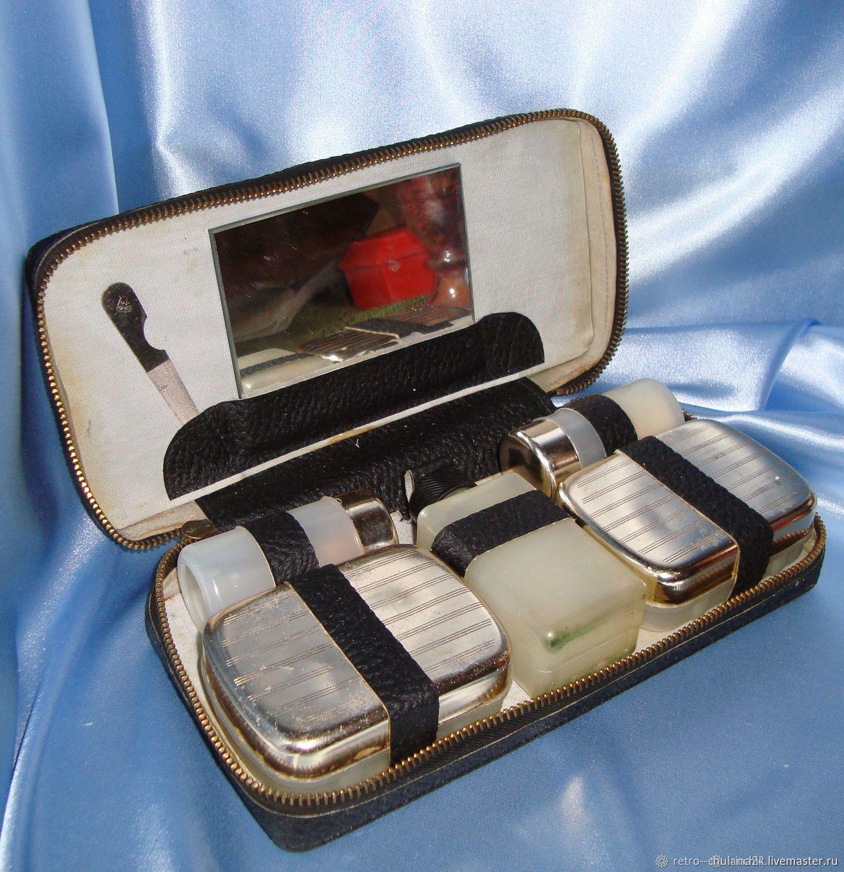 Large travel set Vintage Czechoslovak dressing Case, Vintage bags, Istra,  Фото №1
