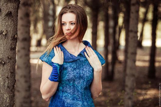 """Платья ручной работы. Ярмарка Мастеров - ручная работа. Купить Валяное платье """"Айсберг"""". Handmade. Синий, платье теплое"""