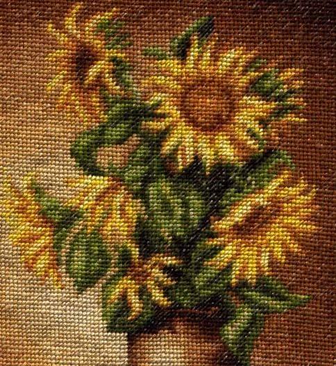 Вышитая картина Подсолнухи, фрагмент
