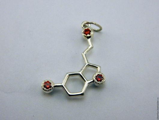 Серебряный кулон. Молекула Серотонин. Серебро, фианиты. Мастерская SilverFun, Новосибирск.