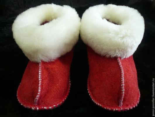 Обувь ручной работы. Ярмарка Мастеров - ручная работа. Купить Детская домашняя обувь. Handmade. Ярко-красный, практичный подарок