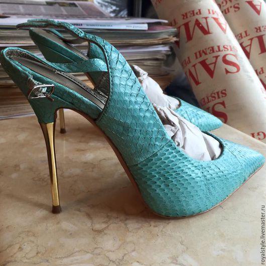 Обувь ручной работы. Ярмарка Мастеров - ручная работа. Купить Роскошные туфли из питона Испания. Handmade. Голубой, италия