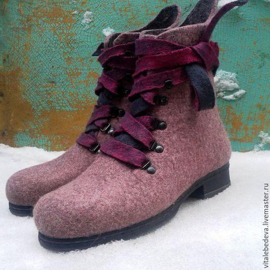 """Обувь ручной работы. Ярмарка Мастеров - ручная работа. Купить Ботинки валяные  """"Вишня в тумане"""". Handmade. Брусничный, валяние из шерсти"""