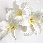 Свадебный салон ручной работы. Ярмарка Мастеров - ручная работа В НАЛИЧИИ. Белые лилии для свадебной прически. Handmade.