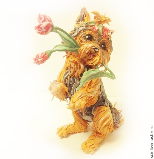 """Игрушки животные, ручной работы. Ярмарка Мастеров - ручная работа. Купить фигурка """"Йоркширский терьер с тюльпанами"""" (собака породы йорк). Handmade."""
