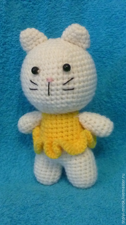 Игрушки животные, ручной работы. Ярмарка Мастеров - ручная работа. Купить Кошечка в желтом платье. Handmade. Белый, кошка