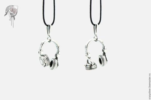 Кулон DJ наушники подвижные.   CRAZY SILVER ™     Кулон ручной работы из серебра 925, максимальная детализация, маленькая копия диджейских наушников.