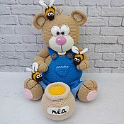 Куклы и игрушки ручной работы. Ярмарка Мастеров - ручная работа Мишка с бочонком мёда. Handmade.