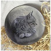 """Посуда ручной работы. Ярмарка Мастеров - ручная работа тарелочка """"В моем доме живут кошки..."""". Handmade."""