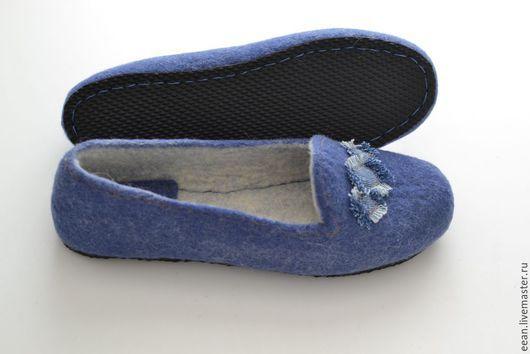 """Обувь ручной работы. Ярмарка Мастеров - ручная работа. Купить Валяные тапочки """"Джинсовые"""". Handmade. Синий"""