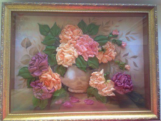 """Картины цветов ручной работы. Ярмарка Мастеров - ручная работа. Купить Картина вышитая лентами """"Любимые розы"""". Handmade. Коралловый"""