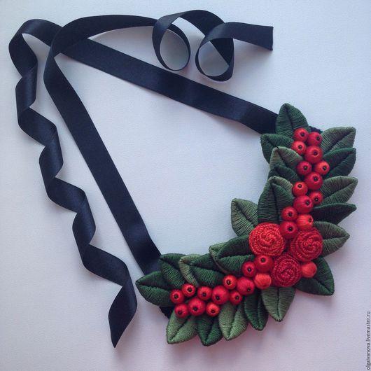 """Колье, бусы ручной работы. Ярмарка Мастеров - ручная работа. Купить Колье """"Roses&berries"""". Handmade. Ярко-красный, колье"""