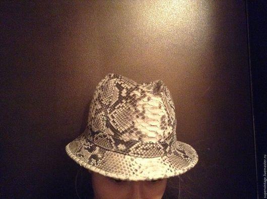 Шляпы ручной работы. Ярмарка Мастеров - ручная работа. Купить Шляпа из кожи питона, авторская. Handmade. Звериная расцветка, комбинированный