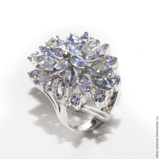 Кольцо с натуральными танзанитами, серебро 925