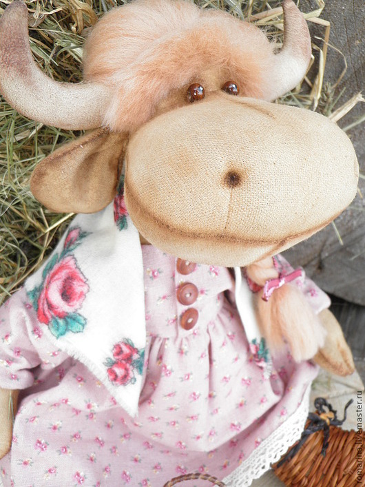 Игрушки животные, ручной работы. Ярмарка Мастеров - ручная работа. Купить Корова Аленушка, интерьерная игрушка. Handmade. Розовый