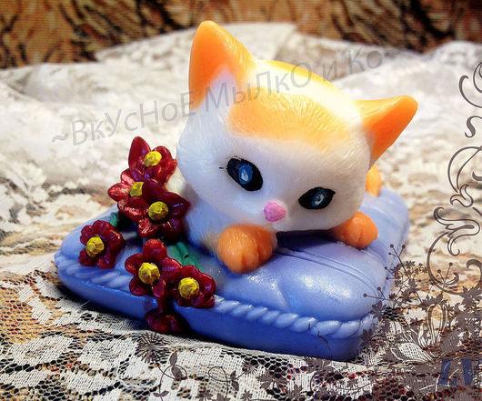 """Мыло ручной работы. Ярмарка Мастеров - ручная работа. Купить Мыло для рук """"Кошечка на подушке"""". Handmade. Кошка, косметические отдушки"""