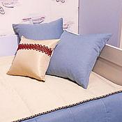 Для дома и интерьера ручной работы. Ярмарка Мастеров - ручная работа Покрывало бежево-синее с декоративными подушками. Handmade.