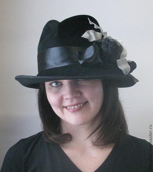 """Шляпы ручной работы. Ярмарка Мастеров - ручная работа. Купить Шляпа """"Интрига"""" с розами. Handmade. Черный, белый, серая сумка"""