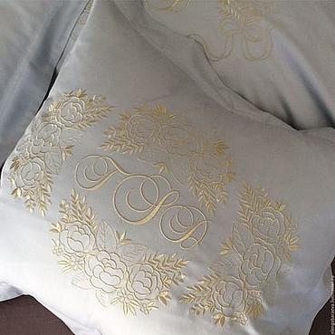 Для дома и интерьера ручной работы. Ярмарка Мастеров - ручная работа Постельное белье с вышивкой - Приданое невесты -золото на жемчужно-сер. Handmade.