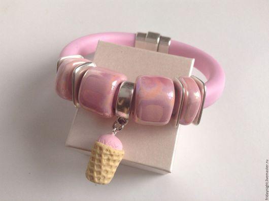 Браслеты ручной работы. Ярмарка Мастеров - ручная работа. Купить Браслет Клубничное мороженое. Handmade. Бледно-розовый, браслет, regaliz