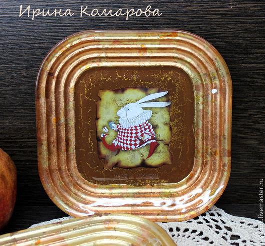 """Тарелки ручной работы. Ярмарка Мастеров - ручная работа. Купить """"Белый кролик"""", тарелочки. Handmade. Алиса в стране чудес"""