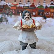 Подарки к праздникам ручной работы. Ярмарка Мастеров - ручная работа Ватная елочная игрушка АФАНАСИЙ торговец хлебом. Handmade.