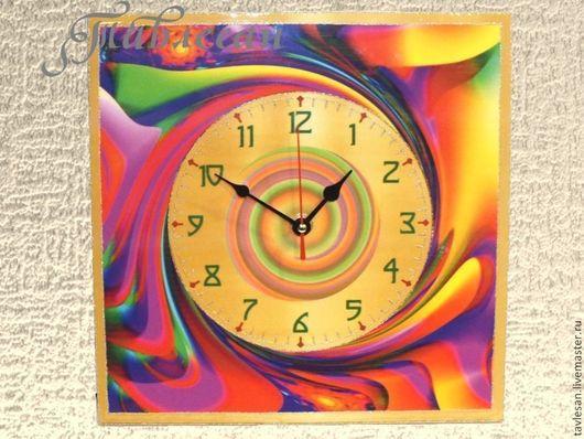 """Часы для дома ручной работы. Ярмарка Мастеров - ручная работа. Купить Часы настенные """"Северное сияние"""" большие в гостиную. Handmade."""