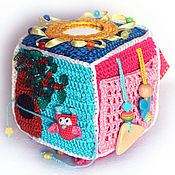 Развивающий кубик для девочки