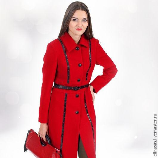 Верхняя одежда ручной работы. Ярмарка Мастеров - ручная работа. Купить Пальто красное с кожаными вставками. Handmade. Ярко-красный