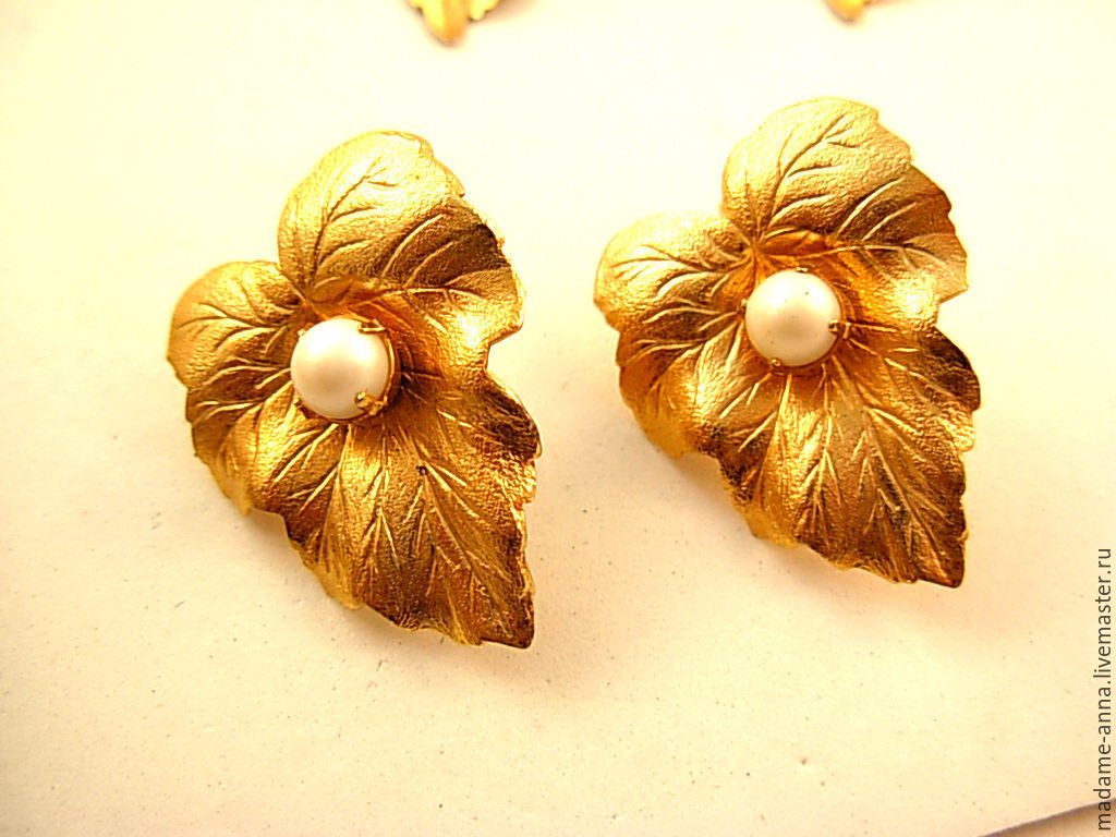Vintage Jewelry. Livemaster - handmade. Buy Clip-on earrings 'Golden leaves' large from Sarah Coventry (USA), vintage 1959!.