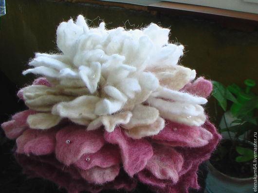 Броши ручной работы. Ярмарка Мастеров - ручная работа. Купить брошь из шерсти,, Пион,,. Handmade. Валяная брошь, брошь-цветок