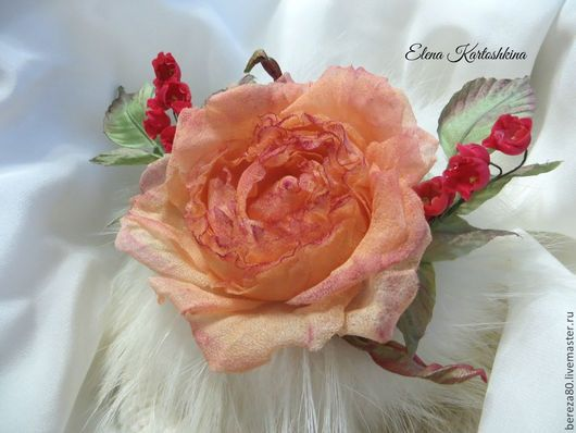 """Броши ручной работы. Ярмарка Мастеров - ручная работа. Купить Цветок Розы """"Марсель"""" Заколка-брошь.Цветы из шелка.. Handmade."""