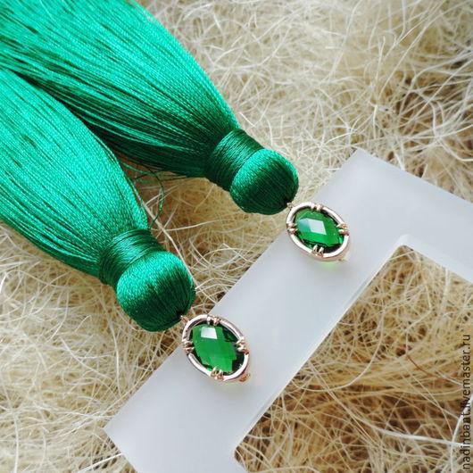 """Серьги ручной работы. Ярмарка Мастеров - ручная работа. Купить Серьги кисти """"Green"""". Handmade. Зеленый, насыщенный зеленый"""