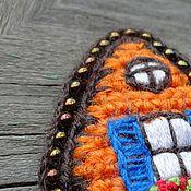 Украшения ручной работы. Ярмарка Мастеров - ручная работа Брошь вязаная вышитая Разноцветная Голландия 2. Handmade.