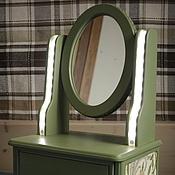 Для дома и интерьера ручной работы. Ярмарка Мастеров - ручная работа Зеркало-миникомод для макияжа настольное с подсветкой. Handmade.