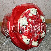 Сувениры и подарки ручной работы. Ярмарка Мастеров - ручная работа Букеты из конфет и игрушек. Handmade.