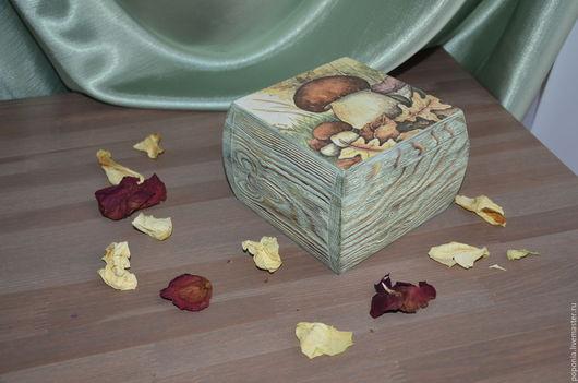 """Кухня ручной работы. Ярмарка Мастеров - ручная работа. Купить Бочонок """"Лесные братья"""". Handmade. Комбинированный, зеленый, сосновая заготовка"""