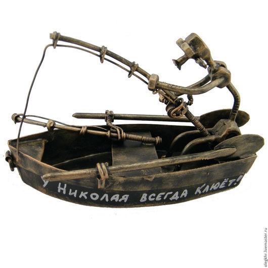 Миниатюрные модели ручной работы. Ярмарка Мастеров - ручная работа. Купить Рыбак в лодке. Handmade. Скульптурная миниатюра, подарки к праздникам